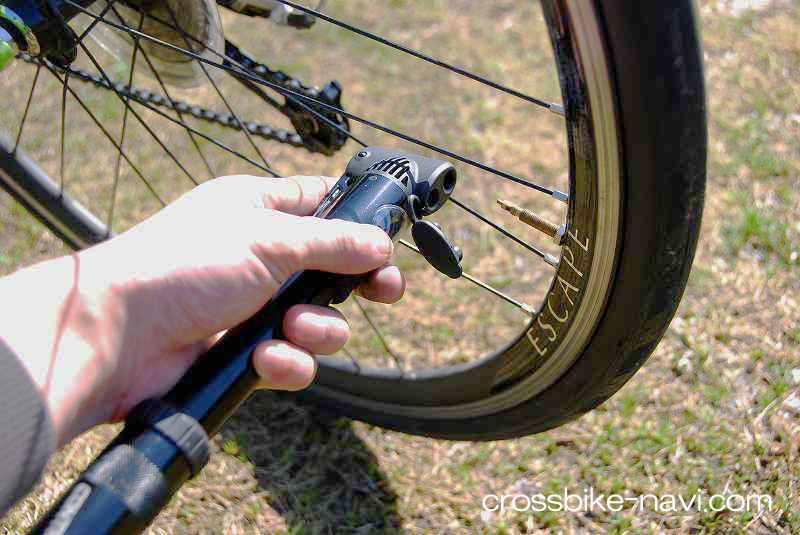自転車の 自転車 空気入れ 携帯 ゲージ : の携帯ポンプ・携帯空気入れ ...